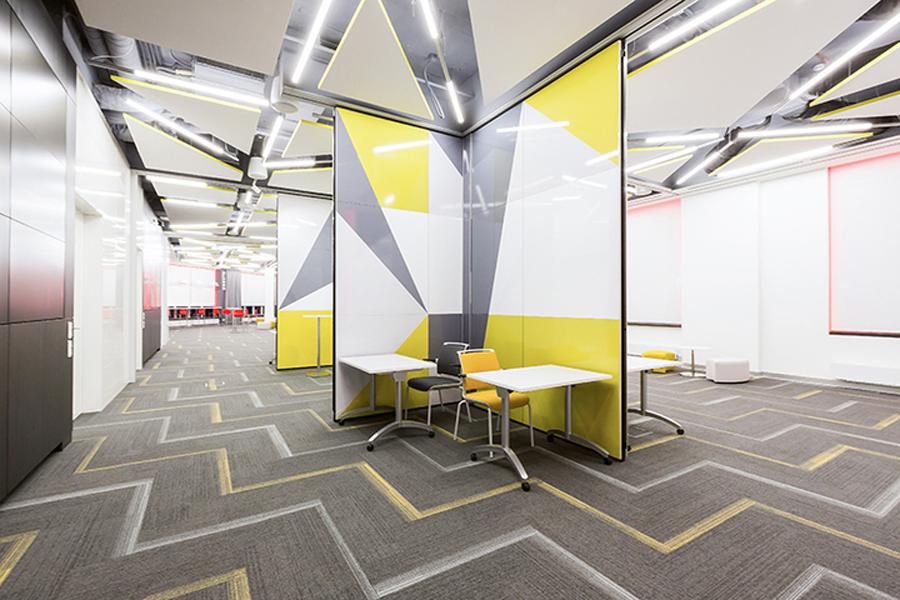 Трансформируемые перегородки в офисе РОСБАНК