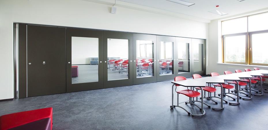 Раздвижные перегородки в высших учебных заведениях