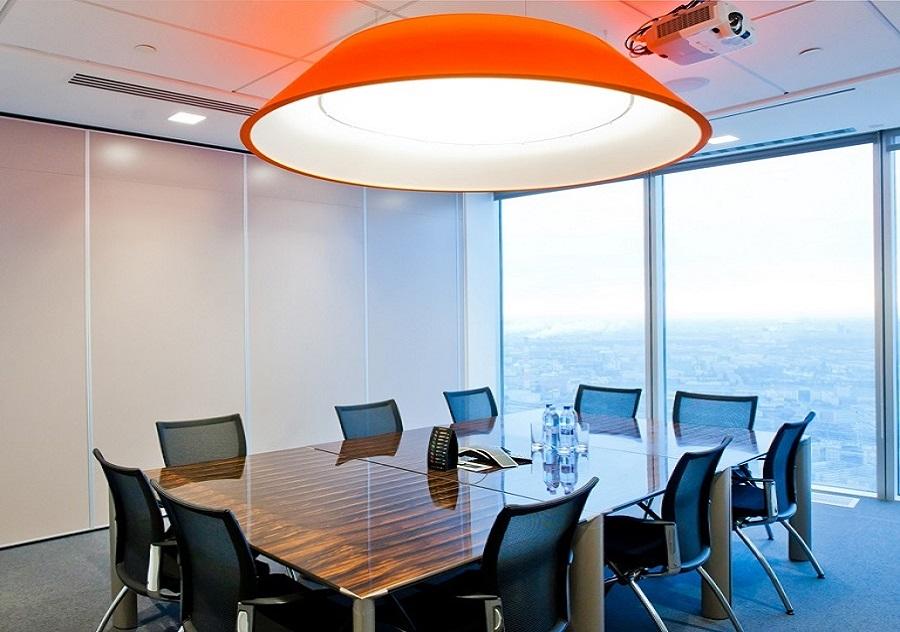 Дизайн проекта с перегородками в офисном помещении