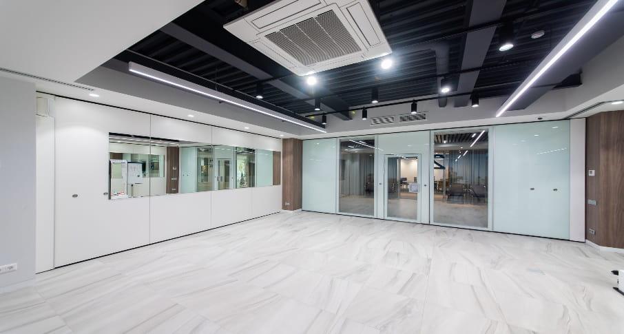 Звукоизоляционные стеклянные перегородки в офисы