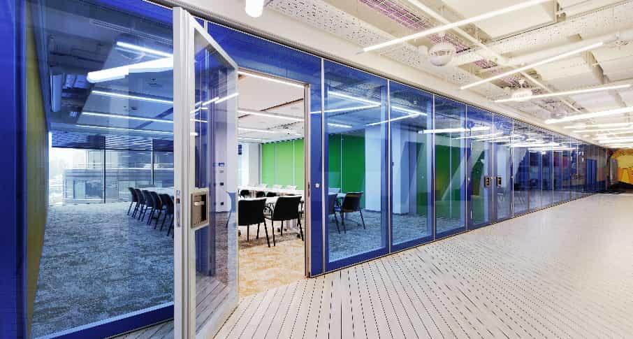 Офисные pвукоизоляционные стеклянные перегородки