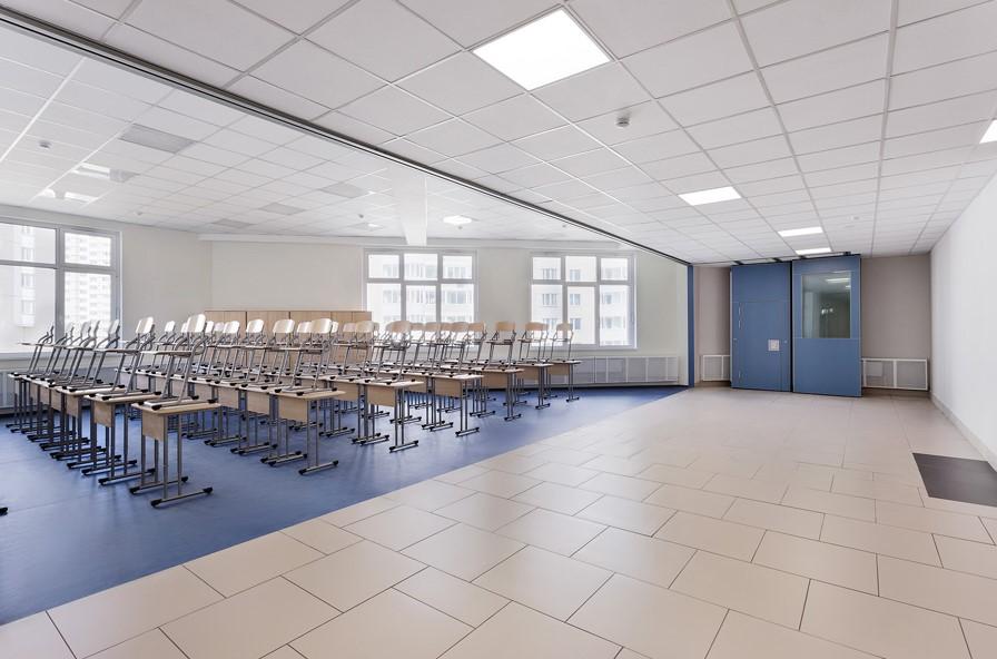 Раздвижные перегородки для зонирования в школе