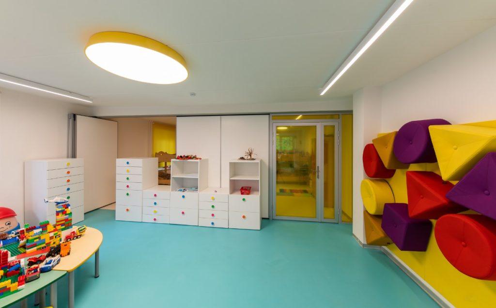 Раздвижные перегородки для детских садов
