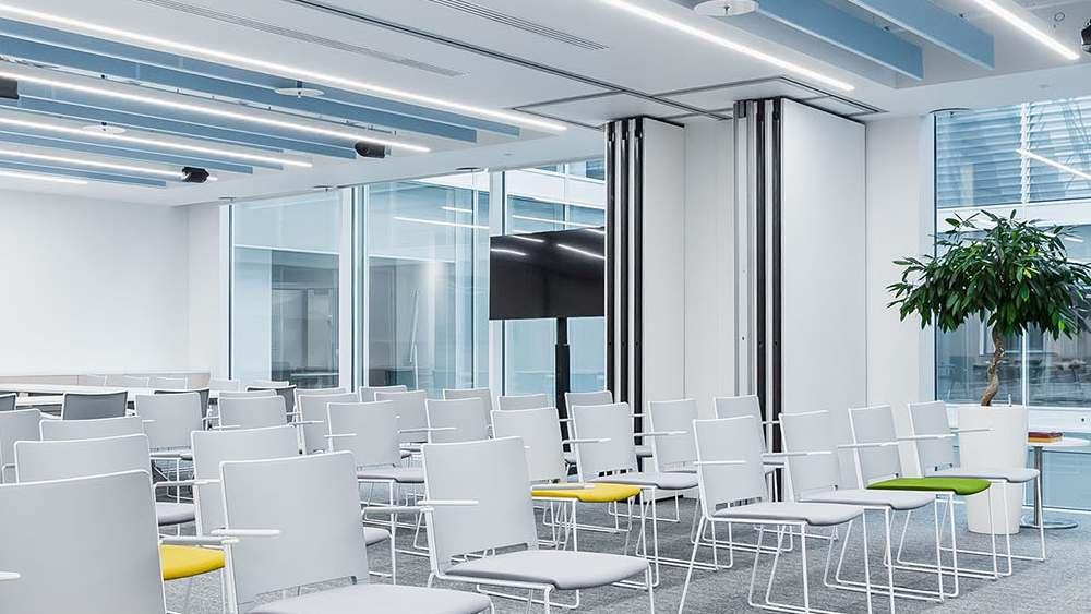 Дизайн конференц зала глухими перегородками SmartWall